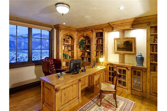 buttermilk family home office room