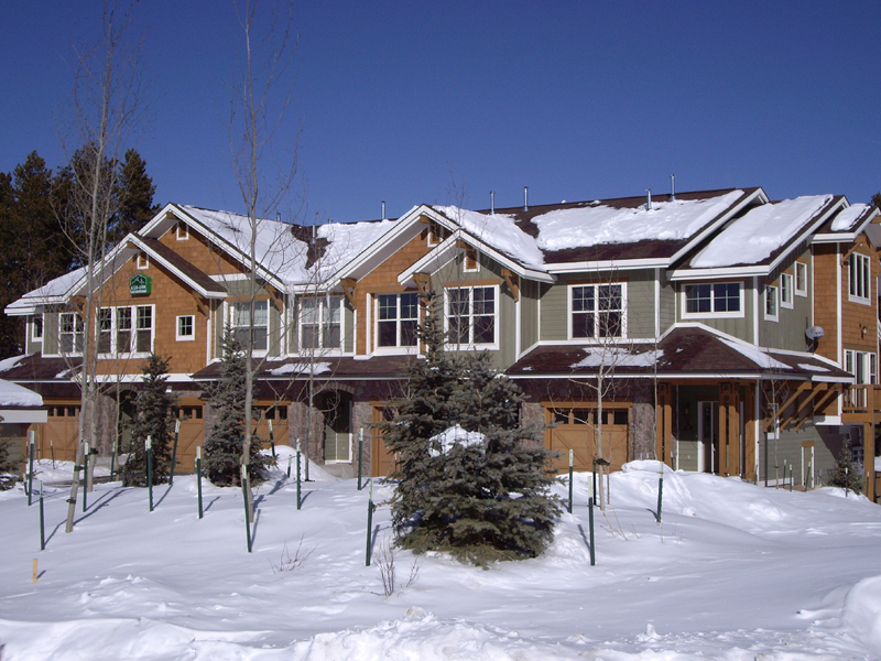 telemark townhomes exterior