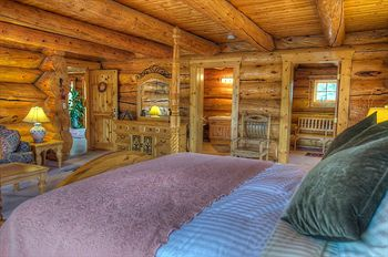 wild horse inn bedroom