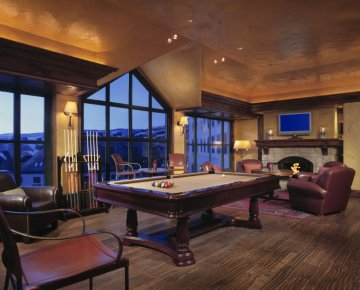park hyatt pool table