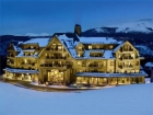 crystal peak lodge in breckenridge