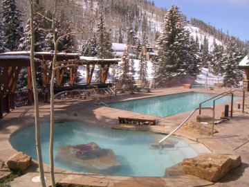 antlers vail outdoor swimming pool