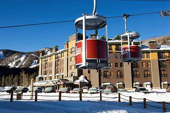 vintage hotel winter park next to cabriolet gondola. Black Bedroom Furniture Sets. Home Design Ideas