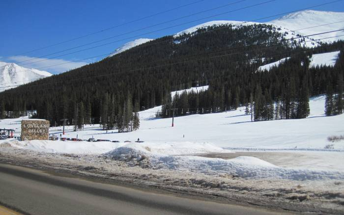 loveland beginner ski trails