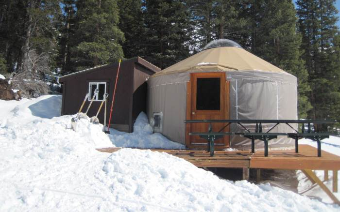 chicago ridge ski cooper yurt
