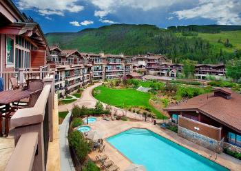 manor vail swimming pool